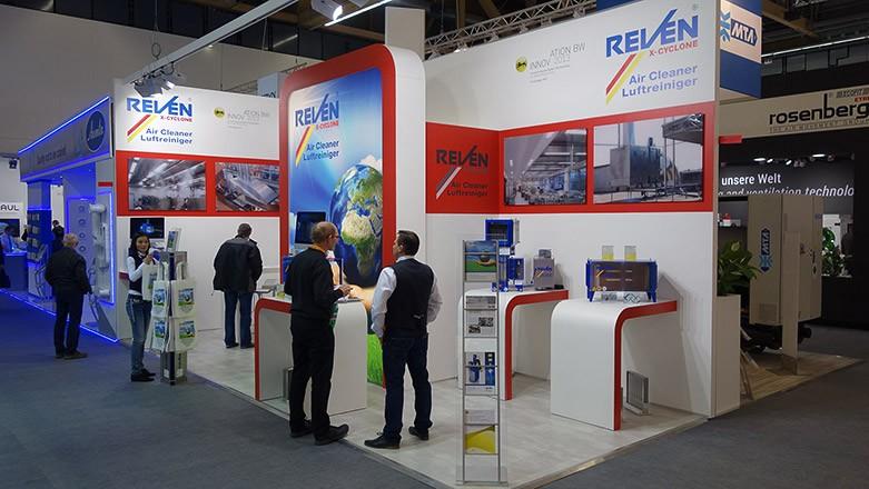 Standul Reven la expozitia ISH de la Frankfurt din 2015