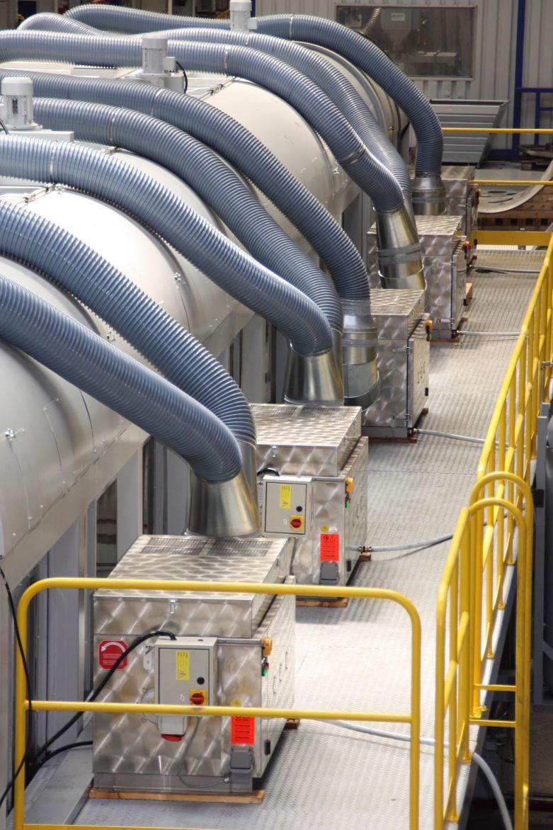Separarea vaporilor de ulei reduce costurile de operare
